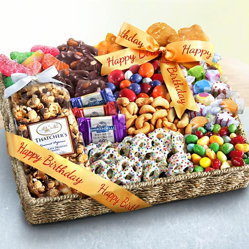 Birthday Gift Baskets : Birthday party chocolate candies and crunch gift basket
