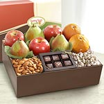 AB2005, Malibu Gourmet Deluxe Fruit and Treats Gift Box