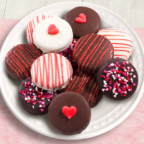 12 Chocolate Covered Love Oreos