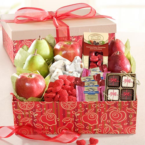 Fruit And Chocolate Gift Boxes : Be my valentine fruit gift box for chocolate lovers