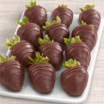 Dreamy Dark Chocolate Covered Strawberries - 12 Berries