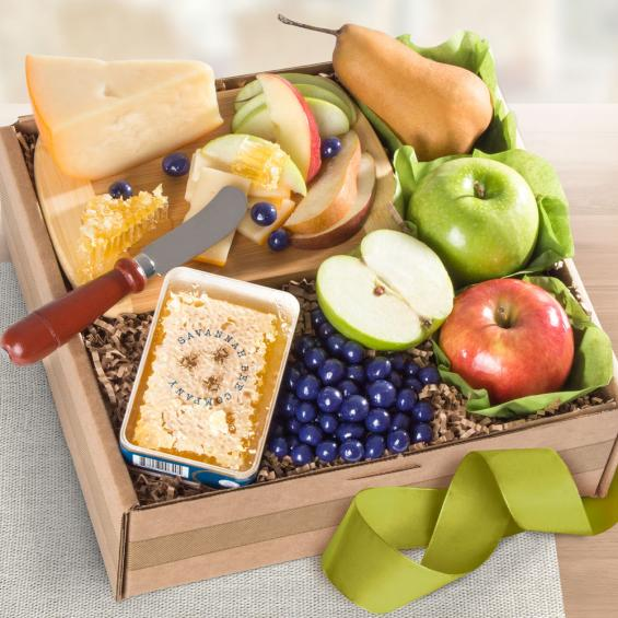 AB2055, Fresh Fruit, Cheese & Honeycomb Gift Box